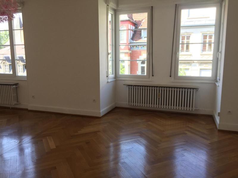 Verhuren  appartement Strasbourg 1400€ CC - Foto 4