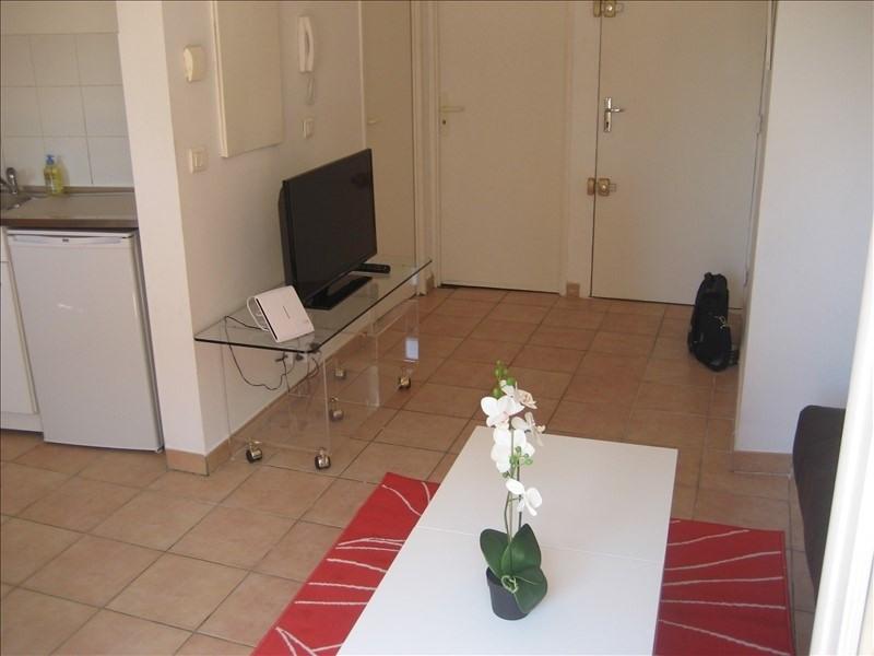 Verhuren  appartement Marseille 1er 595€ CC - Foto 2