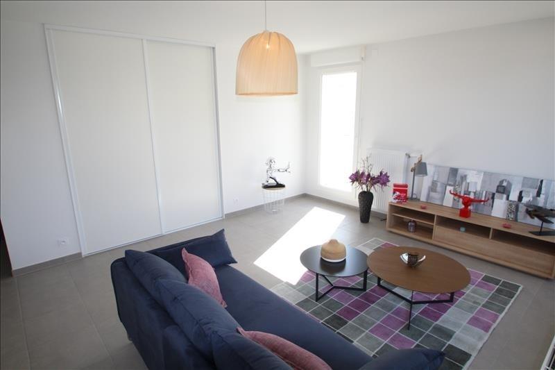 Sale apartment Barberaz 306000€ - Picture 2