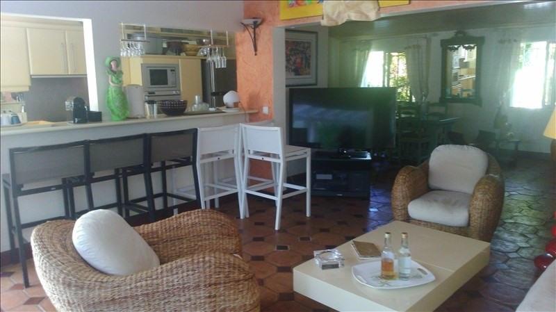 Deluxe sale house / villa St francois 560000€ - Picture 3