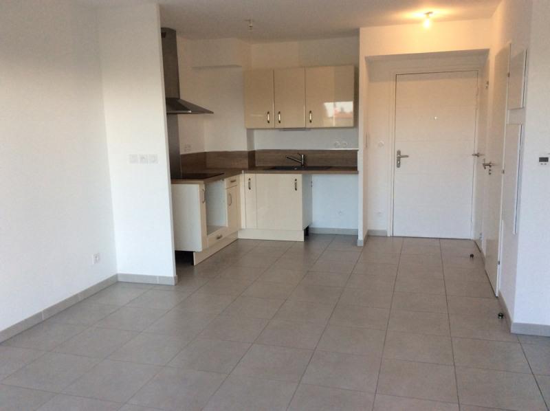 Location appartement Fréjus 720€ CC - Photo 3
