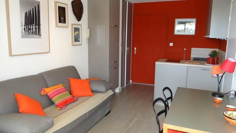 Location vacances appartement Cavalaire 650€ - Photo 6