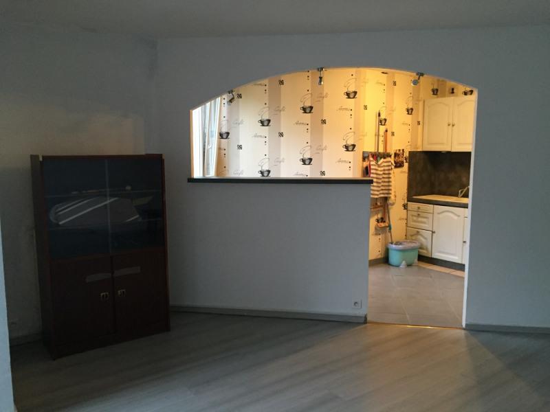 Sale apartment Franconville 152000€ - Picture 2