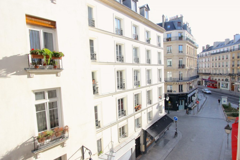 Sale apartment Paris 2ème 445 000€ - Picture 1