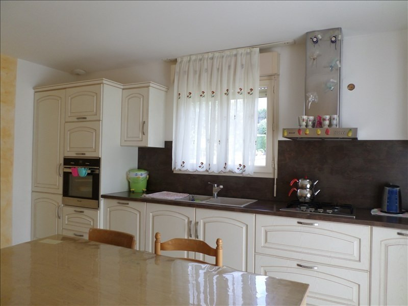 Sale house / villa Oyonnax 269000€ - Picture 1