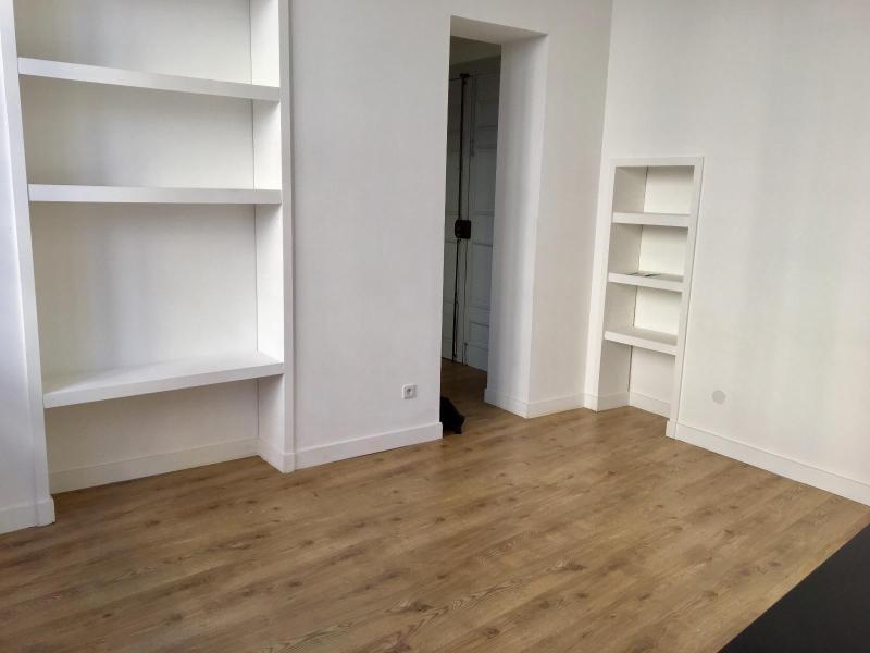 Location appartement Aix en provence 791€ CC - Photo 2