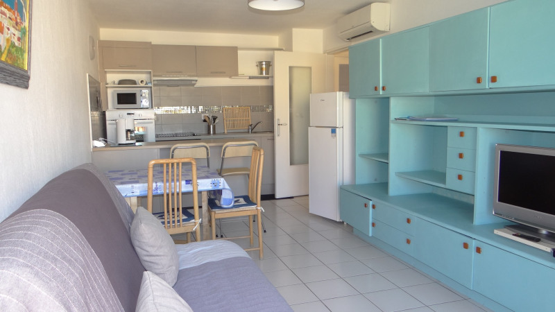 Vacation rental apartment Cavalaire 400€ - Picture 4