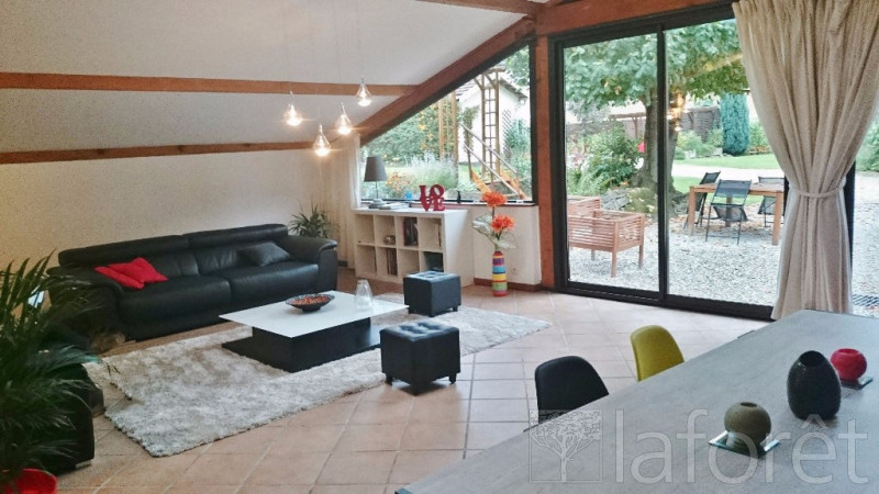 Vente maison / villa Bourgoin jallieu 349 000€ - Photo 2