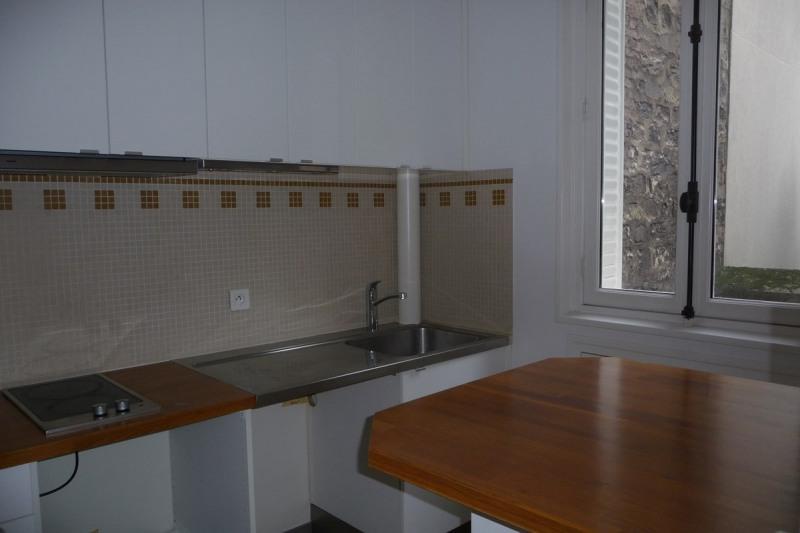 Rental apartment Paris 16ème 925€ CC - Picture 2