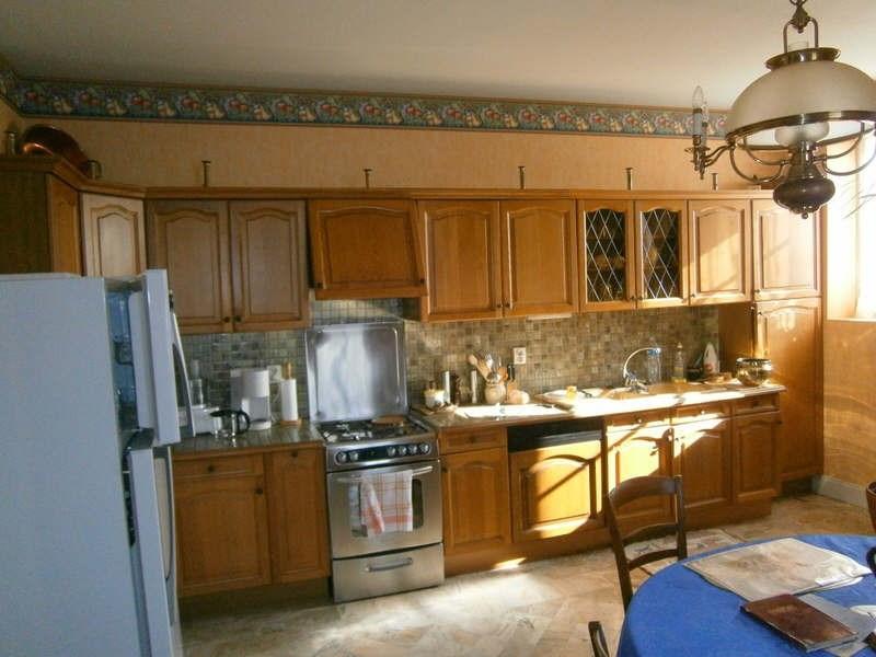 Sale house / villa Blaye 299900€ - Picture 5