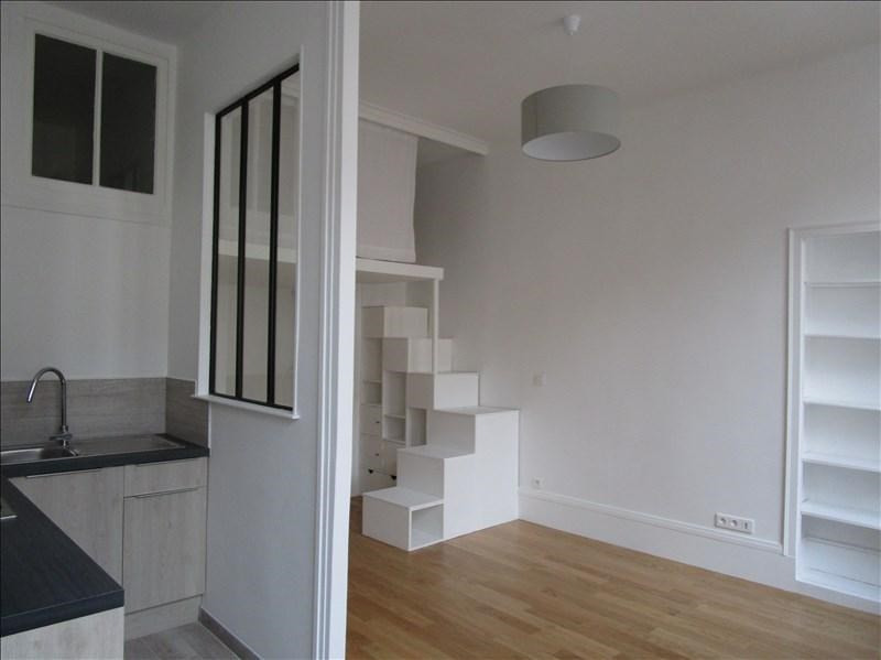 Rental apartment Versailles 850€ CC - Picture 2