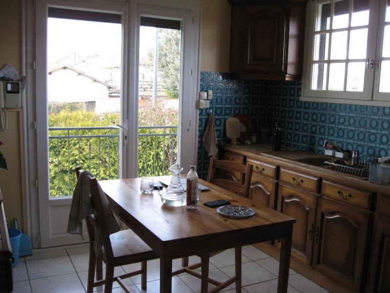 Location maison / villa Isle 830€ CC - Photo 3