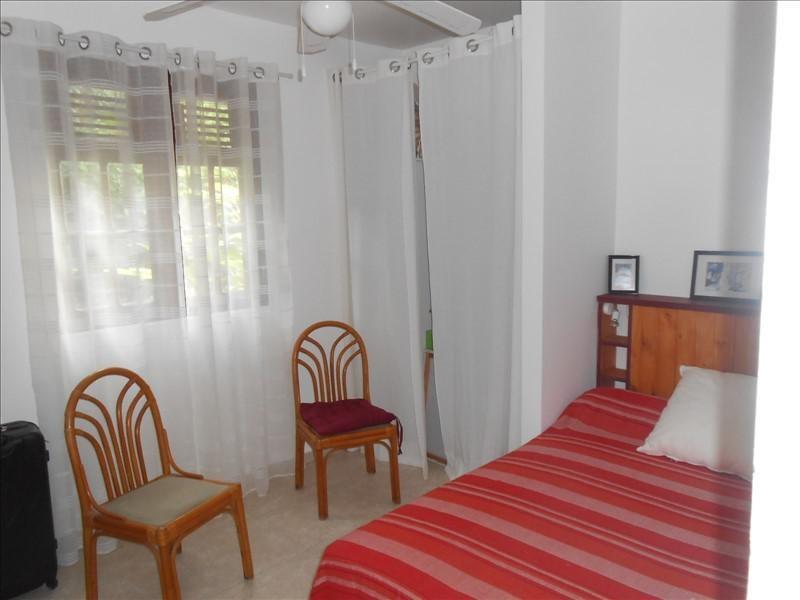 Sale house / villa St claude 365000€ - Picture 6
