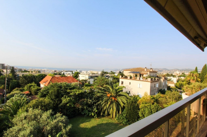 Deluxe sale apartment Antibes 898 000€ - Picture 2