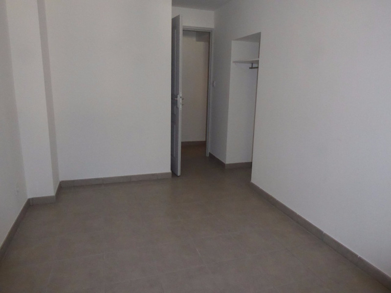 Location appartement Vals-les-bains 490€ CC - Photo 11