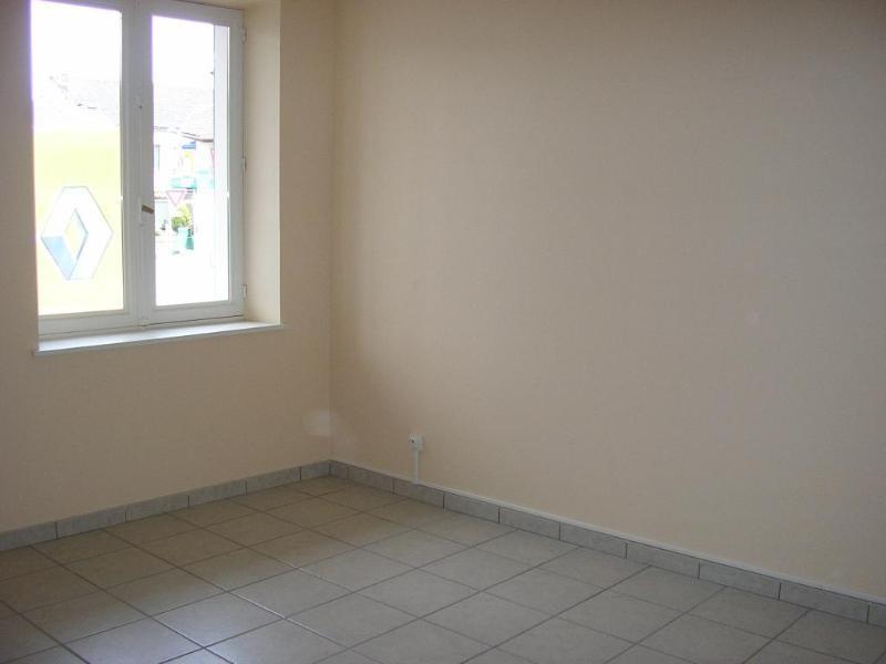 Location appartement Maillat 500€ +CH - Photo 3