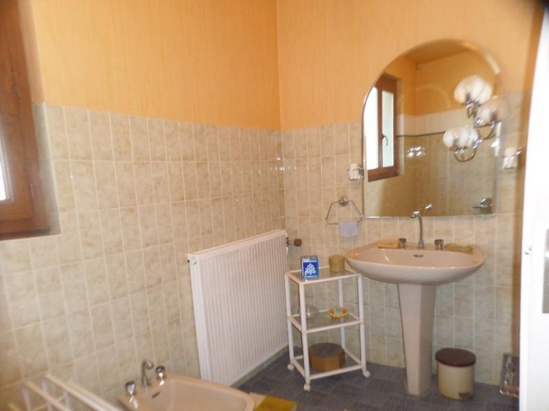 Sale house / villa Le beage 199000€ - Picture 9