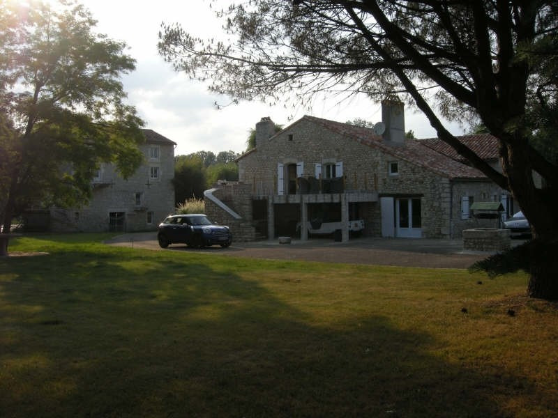 Vente maison / villa Bonnes 525 000€ - Photo 4