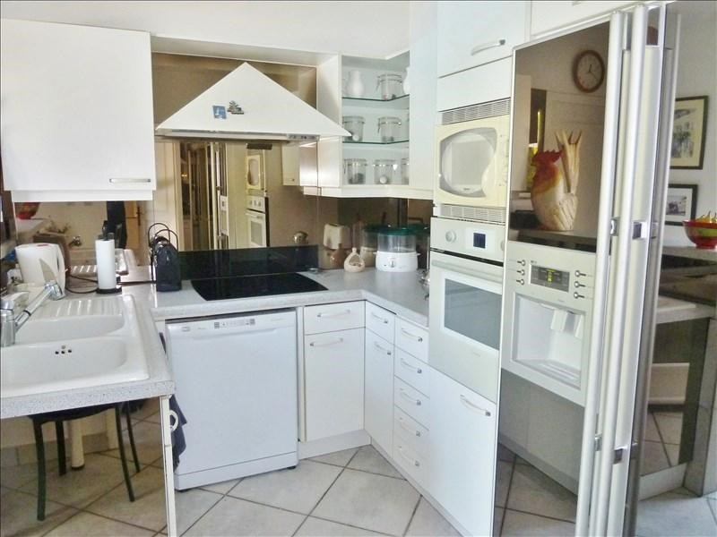 Sale house / villa Bourgoin jallieu 520000€ - Picture 4