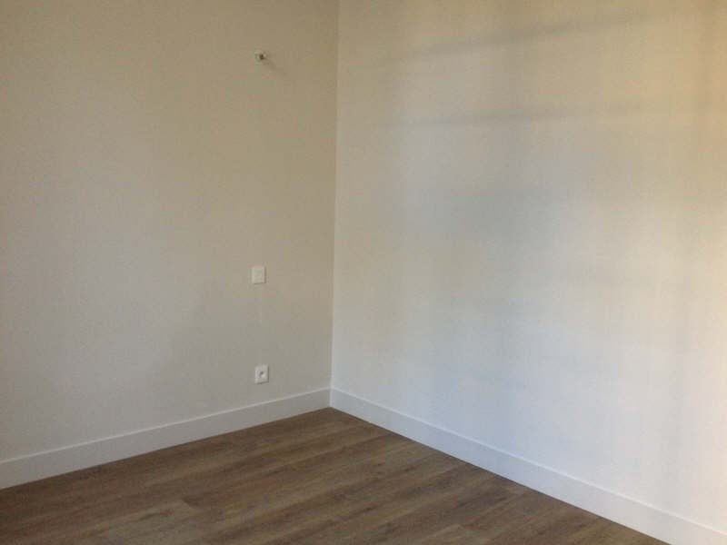 Location appartement Nimes 545€ CC - Photo 3
