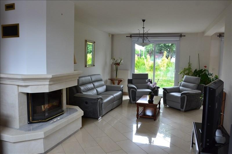 Sale house / villa Osny 459900€ - Picture 2