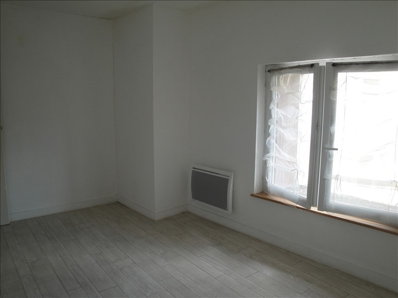 Sale house / villa Chauray 99000€ - Picture 6