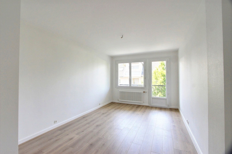 Rental apartment Annecy 827€ CC - Picture 1