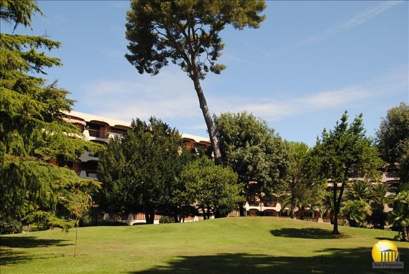 Sale apartment Mandelieu-la-napoule 105000€ - Picture 2