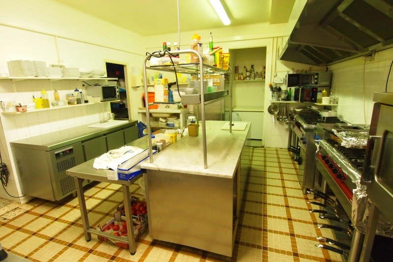 Commercial property sale shop Goudargues 299000€ - Picture 5