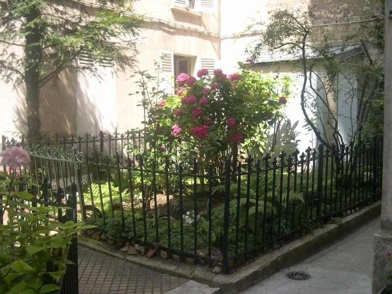 Rental apartment Paris 7ème 825€ CC - Picture 2