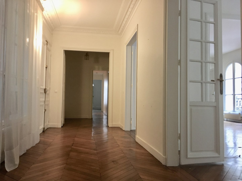 Location appartement Paris 7ème 5 350€ CC - Photo 7