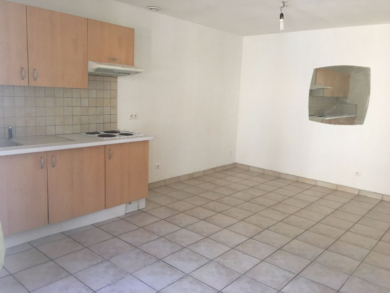 Rental apartment Merville 420€ CC - Picture 1