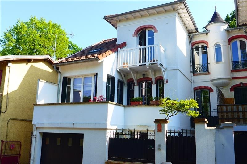 Deluxe sale house / villa Garches 1 050 000€ - Picture 1