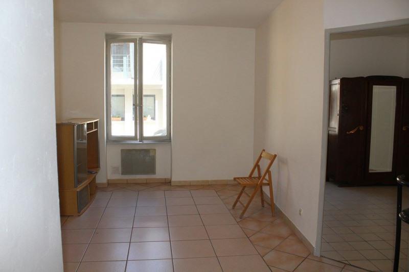 Affitto appartamento Saint-just-saint-rambert 380€ CC - Fotografia 10
