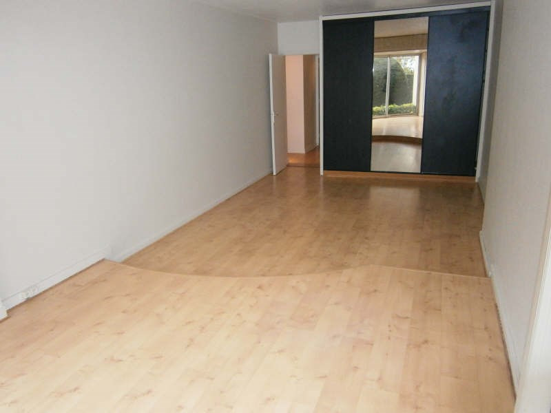 Location appartement Le chesnay 717€ CC - Photo 2