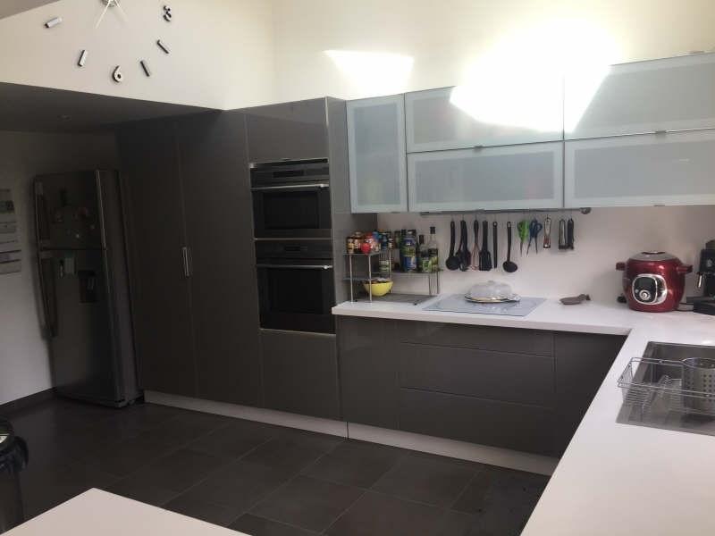 Sale house / villa Lesigny 530000€ - Picture 4