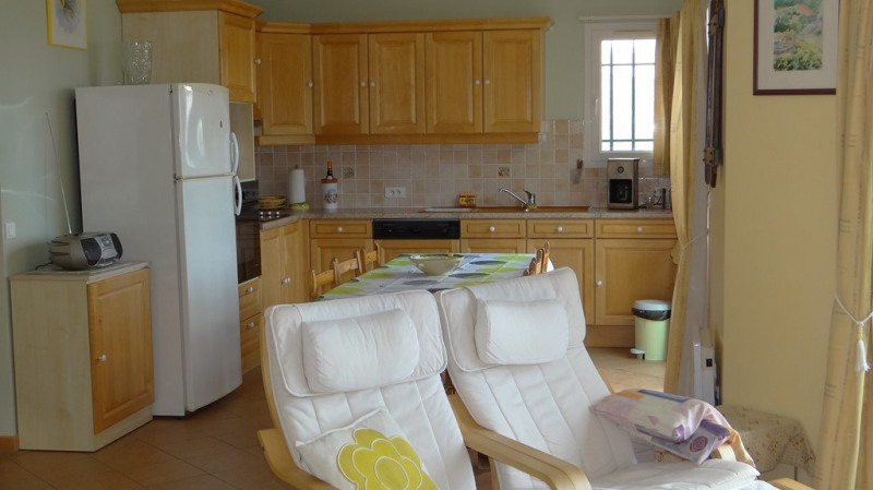 Vacation rental house / villa Cavalaire sur mer 1 400€ - Picture 6