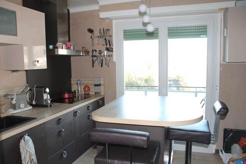 Sale apartment Annemasse 254000€ - Picture 3
