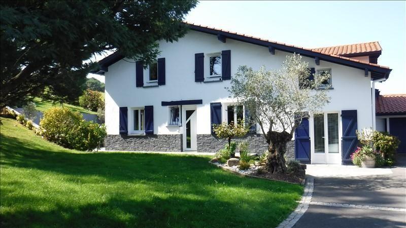 Deluxe sale house / villa Bidart 739000€ - Picture 1
