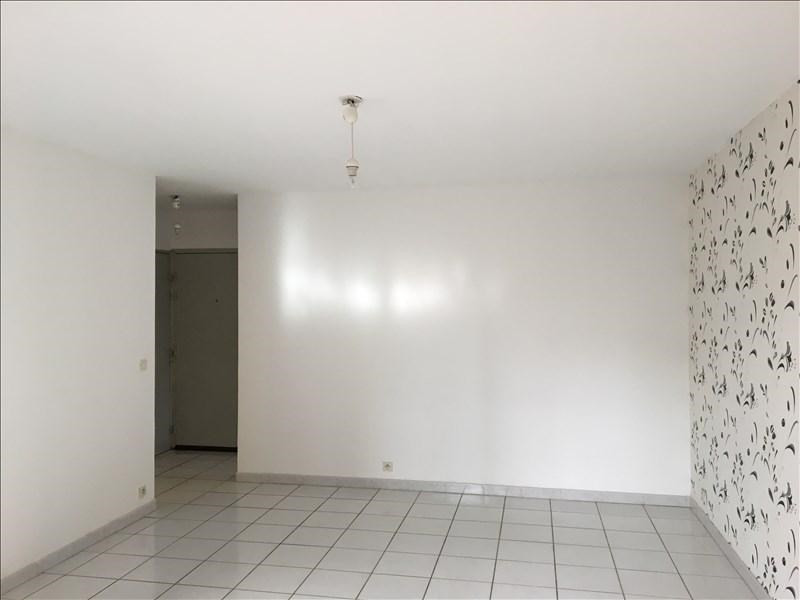 Rental apartment Aix en provence 780€ CC - Picture 3
