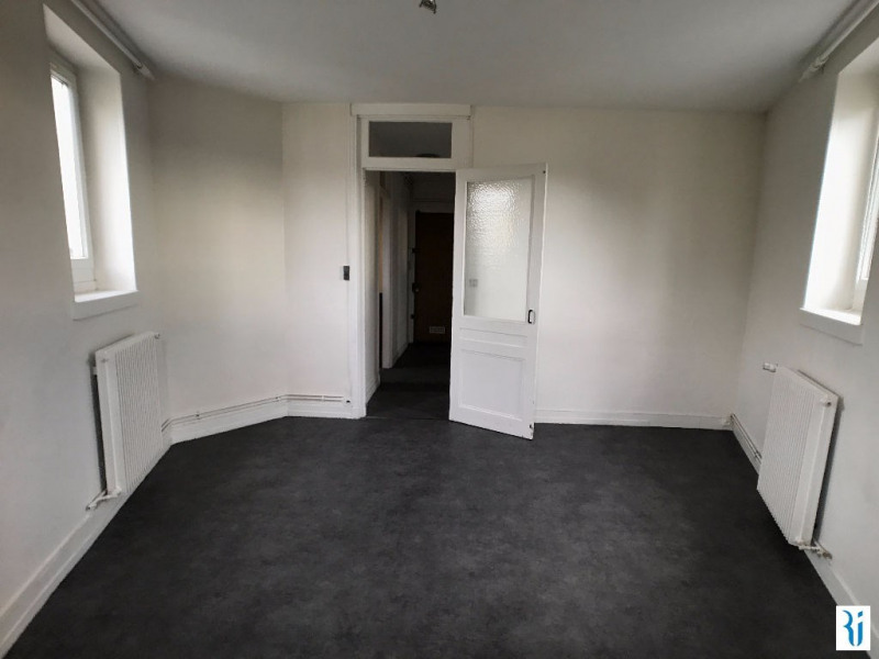 Location appartement Rouen 554€ CC - Photo 1