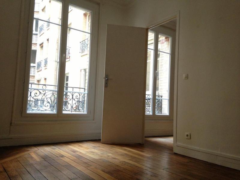 Location appartement Paris 19ème 910€ CC - Photo 7