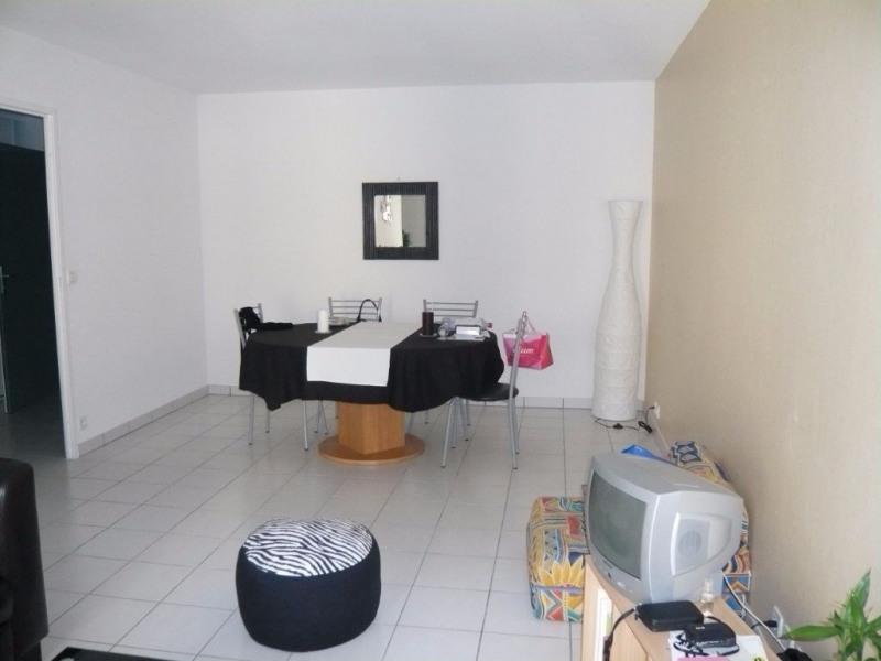 Rental apartment Laval 410€ CC - Picture 3