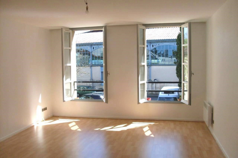 Rental apartment Cognac 455€ CC - Picture 1