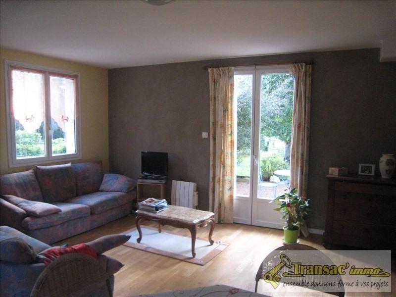 Sale house / villa Puy guillaume 167205€ - Picture 4