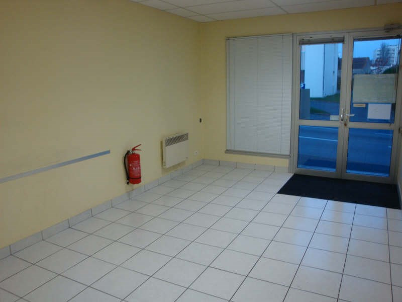 Sale office Cholet 147200€ - Picture 5
