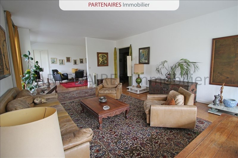 Sale apartment Rocquencourt 645 000€ - Picture 1