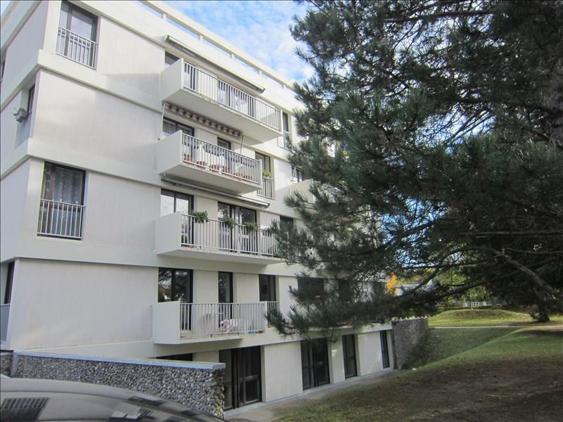 Rental apartment Conflans ste honorine 945€ CC - Picture 1