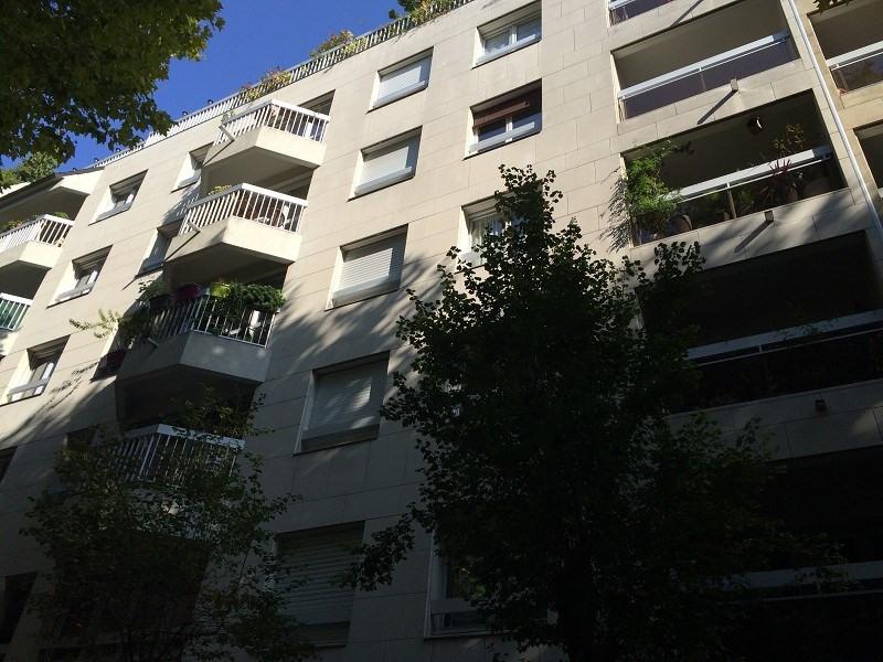 Rental apartment Paris 20ème 1268€ CC - Picture 10