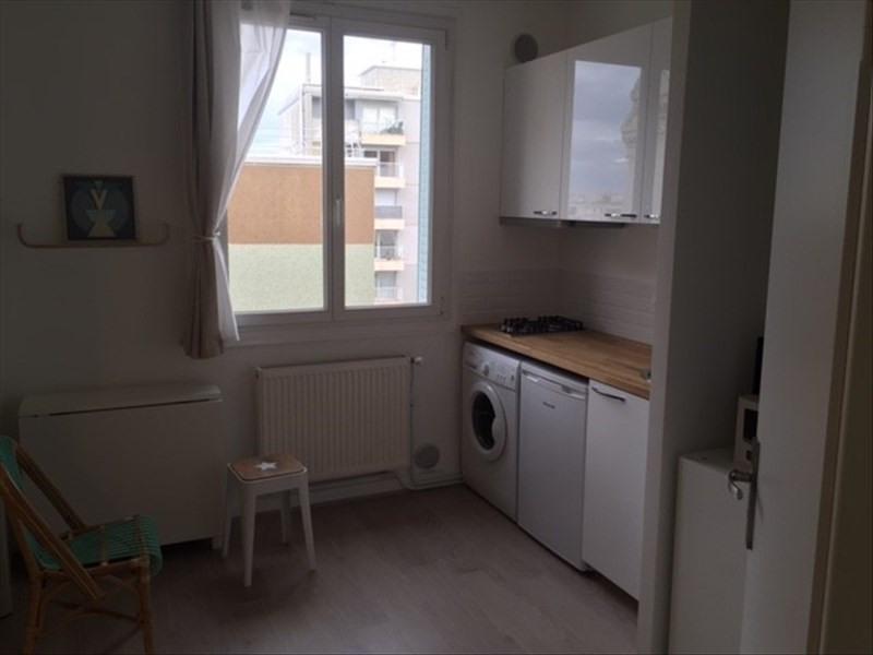 Rental apartment Lyon 3ème 430€ CC - Picture 2